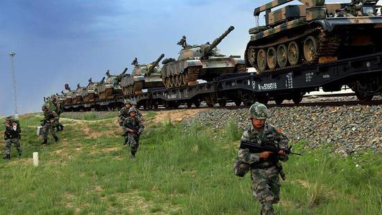 国防白皮书首次公布解放军战区和各军种演习代号