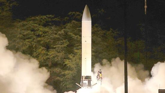 美軍不久前放出的高超聲速武器投擲平臺,就是一種彈道導彈。