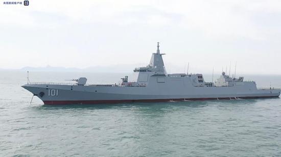 055万吨大驱首舰南昌舰有何看家本领?舰长揭秘