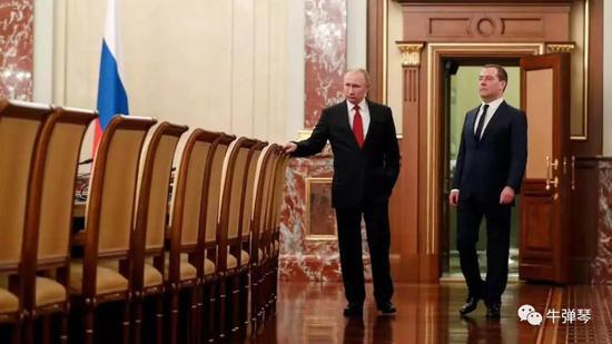 俄政府全体辞职!普京又要这样大干一场了