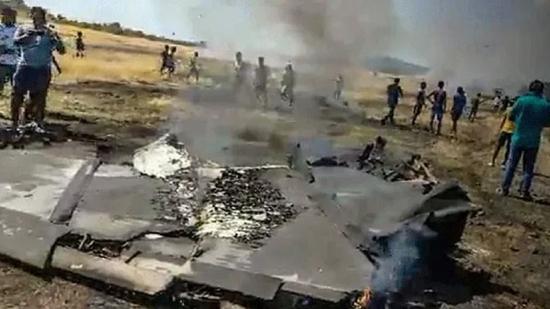 印度海军1架米格29K舰载机坠毁(图)