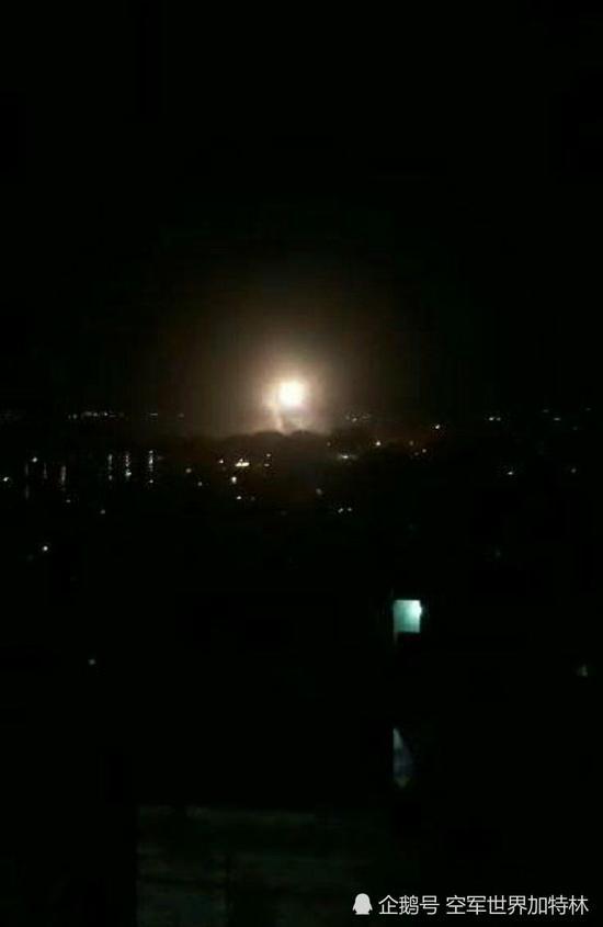 叙利亚首都遭轰炸现场曝光:防空导弹起飞拦截(图)哪里能看天与地