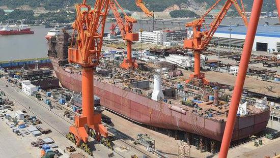 采矿船在中国建造