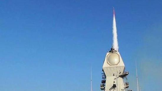 巴拉克-8防空导弹试射