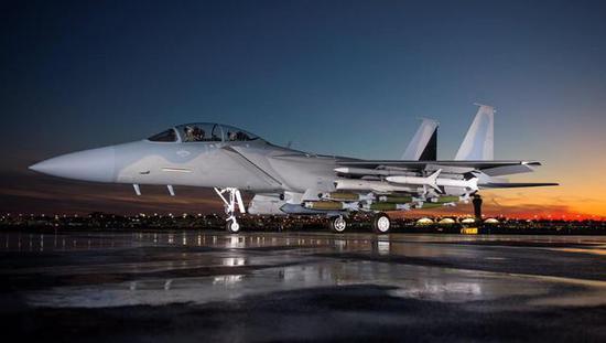 卡塔尔屡遭沙特威胁 为抱大腿先购美爱国者后买俄S400