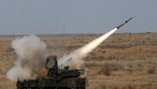 回想美英法空袭叙总统很自信:40年前的武器足够应付