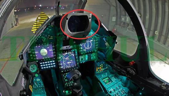 幻影2000战斗机安装了一个中显,效果很好