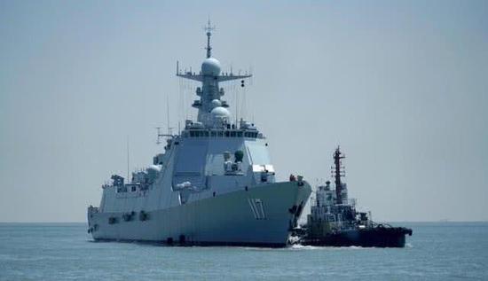 传中国伊朗联演052D舰开雷达 周边隐身战机尽收眼