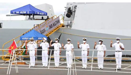 印越在南海军演 越南一口气向印度订购12艘舰艇