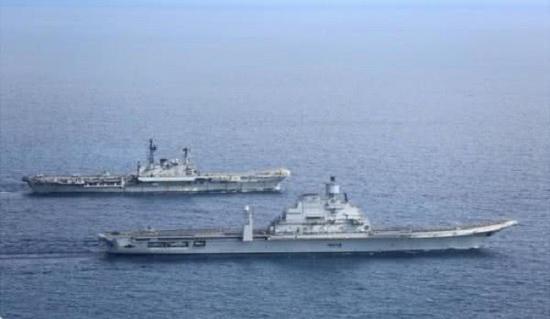 印度海军曾经有一段短暂的双航母时期