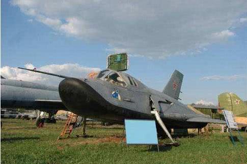 壮志未酬的米格105如今只能在博物馆一堵其风采了