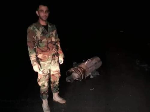 """叙利亚军方找到了一枚""""战斧""""导弹的残骸"""