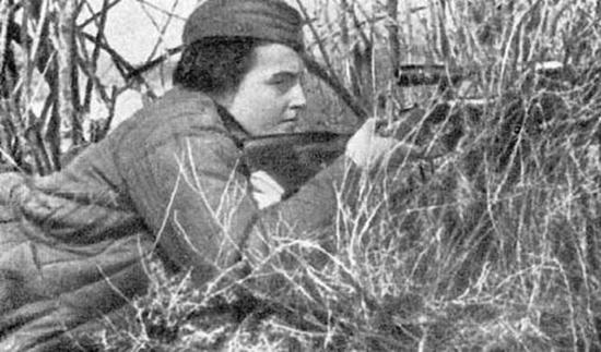 俄国女狙击手