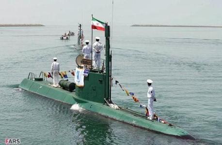 伊朗只能造这样的小潜艇