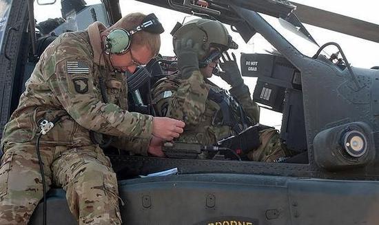 解放军首支空中突击旅组建一年 国产直升机为何变少