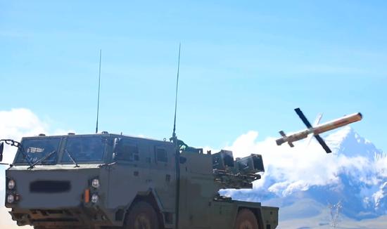 卡车版红箭10亮相高原 外媒:用这么贵的导弹来扫尾?