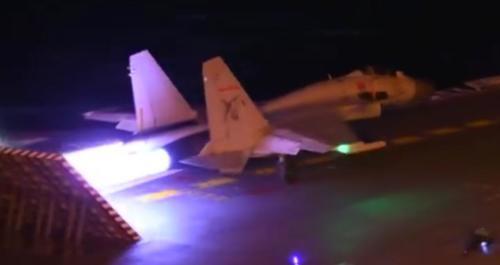 在航母夜间起降技术上 中国可能已经超过俄罗斯