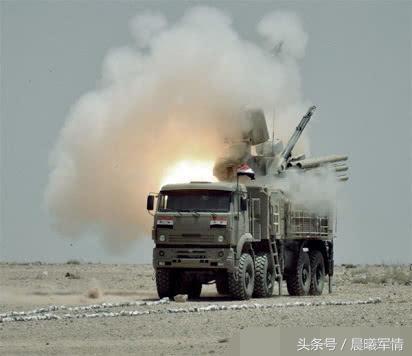 """伊朗""""铠甲""""防空系统被摧毁瞬间"""