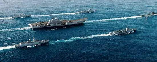 中国航母编队训练正准备走向深蓝