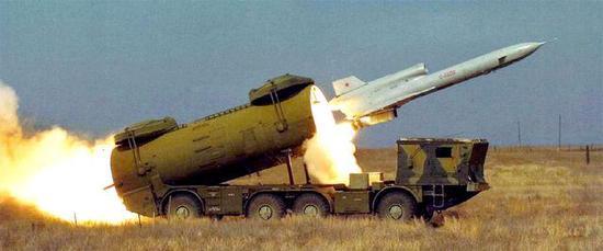 """图片:图-243""""航程""""-D战役/战术无人侦察机。"""