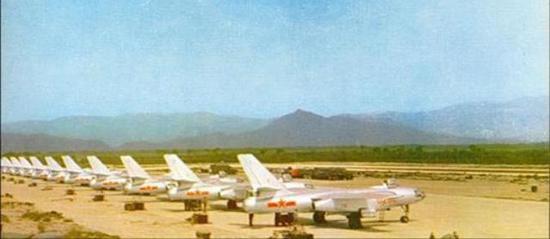 中国空军的轰-5机群