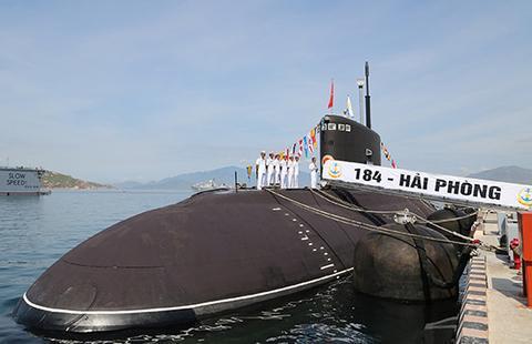 """越南第五艘""""基洛级""""潜艇交付"""