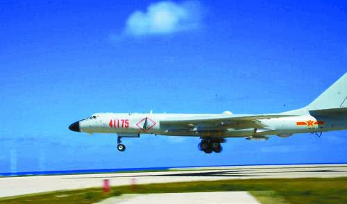 外媒评中国轰6K南海岛礁起降:不费一枪一弹挤走美国