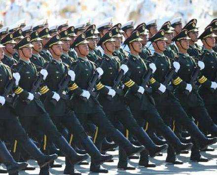 国防白皮书提军队反腐:7年共审计1.3万名团以上领导
