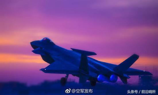 我空军夜训歼20有何新看点 配合三代机还扮域外势力