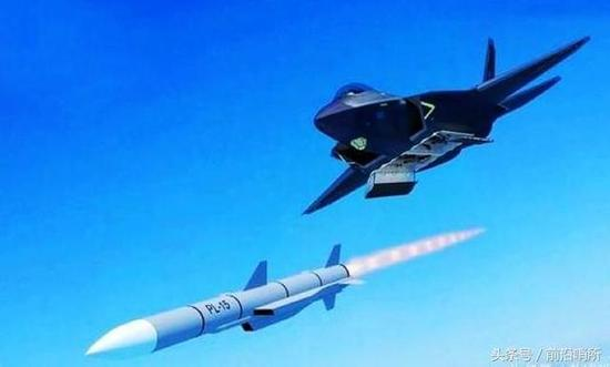 我歼20弹舱开启画面曝光 这一设计全球首创超越美F22