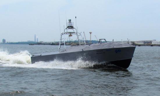 "<b>无人艇补给 美海军陆战队欲用""艇海战术""对付对手</b>"