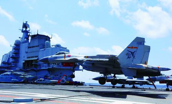 中国航母引关注:辽宁舰高调练兵 新航母或今日海试街头拍客怎么样