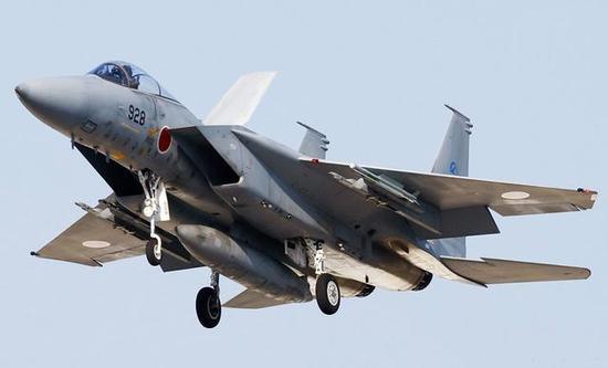 日本F15J寿命或被歼16拖垮 F35交货速度远逊
