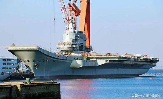 中国首艘国产航母