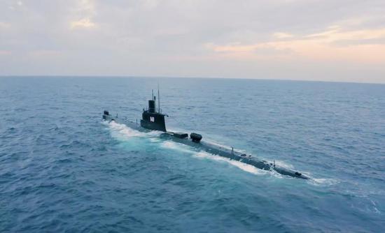 埃及海军出动中国造潜艇演习 发射美制潜射导弹(图)