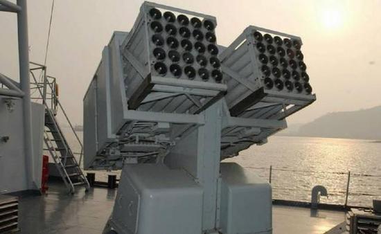 122毫米火箭炮