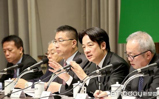 台当局称台湾民众幸福感亚洲第一 台网民:瞎了眼吗