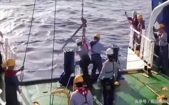日本在南鸟岛海底发现稀土