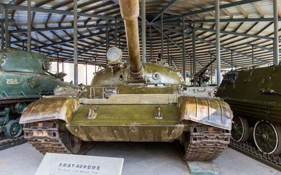 中国对俄罗斯的最新坦克很感兴趣 但可能只买一两辆