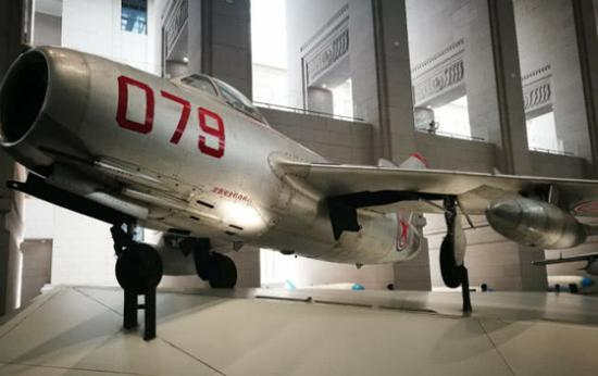 今天陈列在北京军博的空战英雄王海座机
