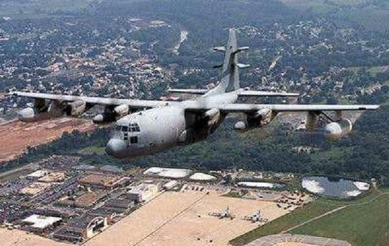 我空军新型电战机公开亮相 可配合歼电16成体系作战