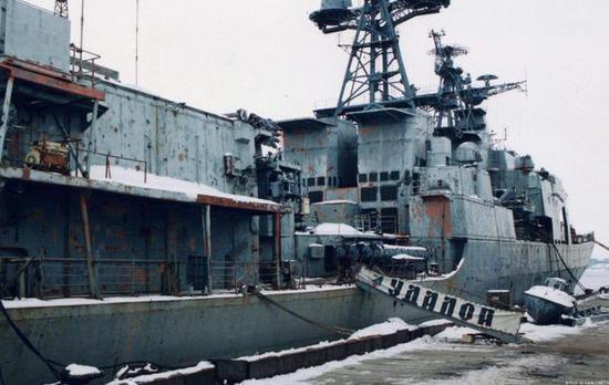 俄这艘反潜舰服役30多年 升级改造后配合现代级行动