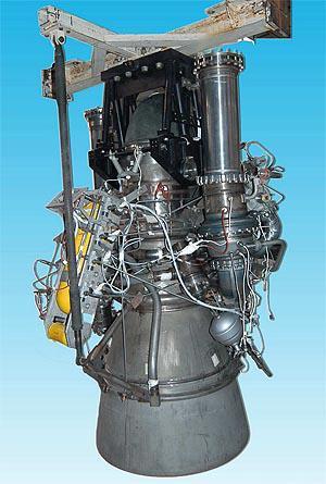 ▲YF-100火箭发动机