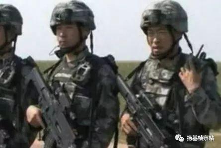 第三阶段,由同一侦察营试用,注意战士身上的装具已经接近QTS-11的配套