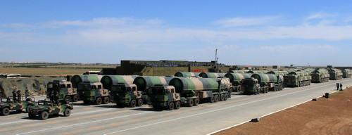 英媒:中国军报呼吁加强核威慑 应对美军