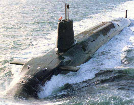 """皇家海军的""""前卫""""级核潜艇上装载的""""三叉戟""""导弹目前是英国唯一的核打击手段"""
