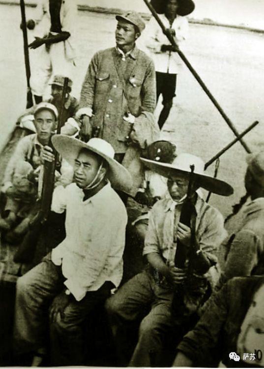 中国海军老照片的秘密 朱德乘坐意大利血统军舰阅兵