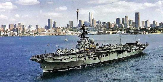 ▲中国民间企业先后购买墨尔本号在内的4艘外国航母