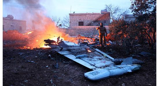 俄军飞行员最后战斗:疑拒绝被俘 引爆手