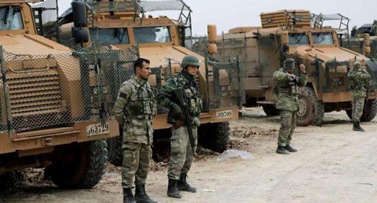 资料图片:图为进入阿夫林地区的土耳其部队。(图片来源于网络)
